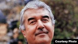 Накануне парламентских выборов в Кыргызстане имя Салима Абдувалиева часто упоминается в местной прессе.
