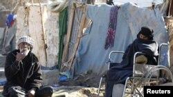 مرحلون في معسكر أم البنين قرب بغداد