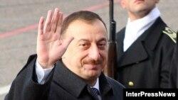 2003-cü il prezident seçkisindən dörd il keçir