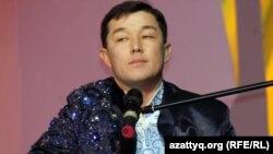 Бекарыс Шойбеков, айтыскер ақын. Алматы, 11 ақпан 2012 жыл.