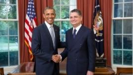 US/Armenia - US President Barack Obama receives the credentials of Tigran Sarkisian, Armenia's Ambassador to the United States, Washington,14Jul,2014