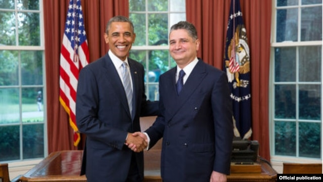 US/Armenia - US President Barack Obama receives the credentials of Tigran Sarkisian, Armenia's Ambassador to the United States, Washington,14Jul,2014