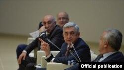 Serzh Sarkisian Dilicanda konfransda, dekabr, 2017-ci il