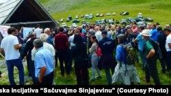 """""""Planina Sinjajevina neće biti pretvorena u vojni poligon"""", poručeno na protestu"""