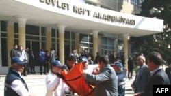 Нефтяная академия Азербайджана, Баку, 30 апреля 2009 г.