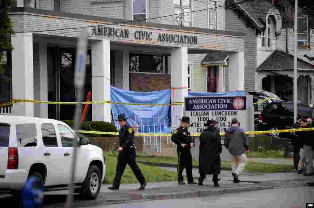 В апреле 2009 года в Бингемтонском иммиграционном центре 41-летний мигрант китайского происхождения забаррикадировал здание центра и расстрелял 13 человек, 4 человека получили ранения. Позже стрелок совершил самоубийство.