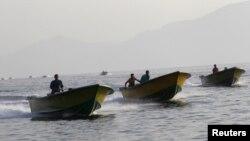 قاچاقچیان کالا از عمان در راه ایران