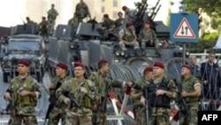 ارش لبنان سربازان بیشتری برای کنترل خیابان های بیروت به این شهر اعزام کرد
