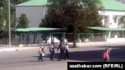 Школьники, Ашхабад, сентябрь, 2020