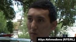 Дәрігер Руслан Бидахметұлы. Қарабұлақ, Алматы облысы, 22 шілде 2011 жыл.