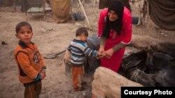 اسرة عراقية فقيرة