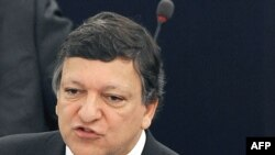 European Commission chief Jose Manuel Barroso warned Russia and Ukraine that the EU will soon begin looking for energy alternatives.