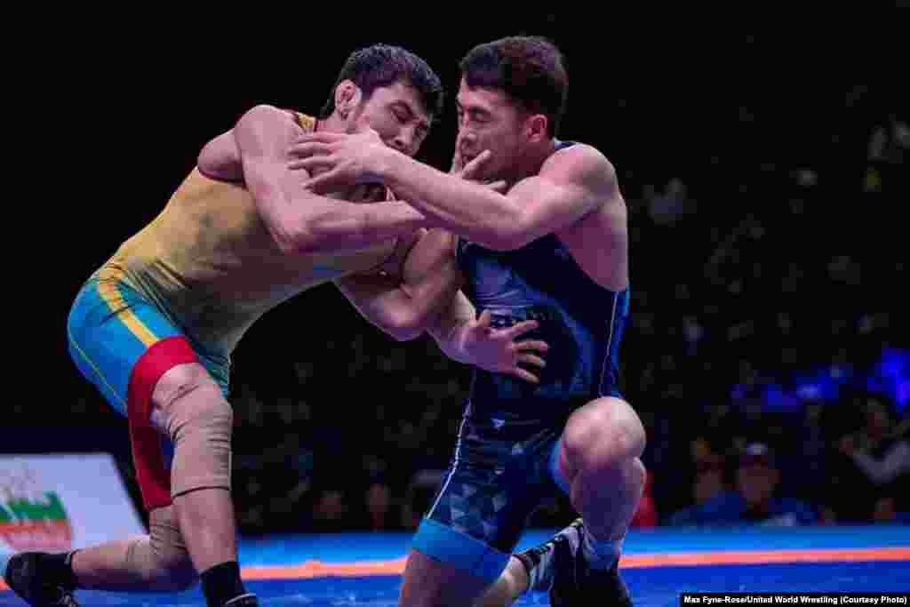 Грек-рим күресінен Демеу Жадыраев (72 кг, сары формада) финалда қырғызстандық Ақжол Махмұдовтан жеңіліп, күміс алды.