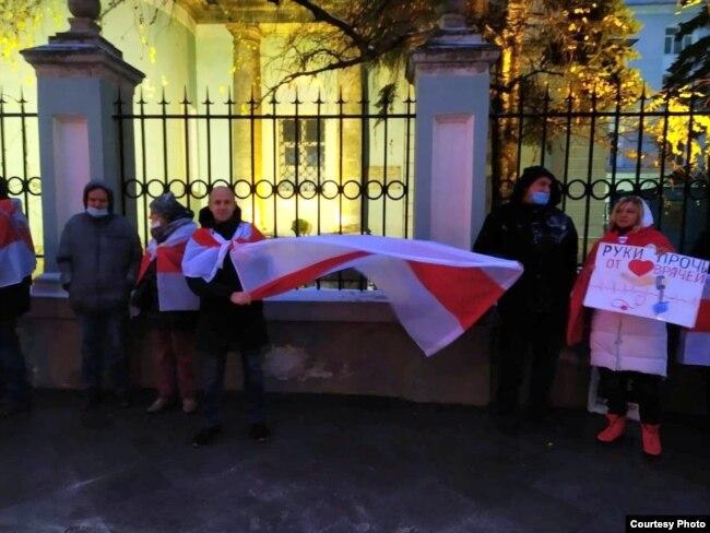 На митинге солидарности в Москве