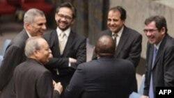 قرار است که نمایندگان کشورهای عضو گروه پنج به علاوه یک روز پنجشنبه با نمایندگان آفریقای جنوبی در سازمان ملل دیدار کنند.