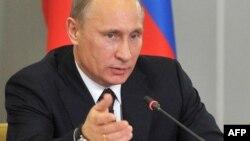 Ни одна из шести предыдущих статей Путина не становилась предметом сколько-нибудь заинтересованного обсуждения в Тбилиси