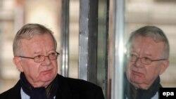 شيلكوت رئيس لجنة التحقيق في حرب العراق