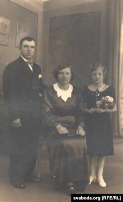 Сім'я Гринцевичів незадовго до переїзду в СРСР