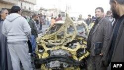Pamje pas një sulmi të mëparshëm vetëvrasës në Kadhimijah të Bagdadit