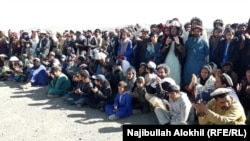 Afghan government officials met with refugees from Waziristan in the Gulan camp on December 4.