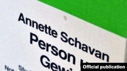 Coperta tezei de doctorat plagiate de ministru educației Annette Schavan