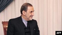 Али Акбар Велајати