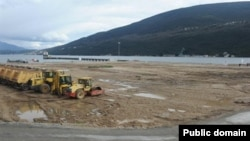"""""""Portnovi"""" turizm-istirahət kompleksinin inşasına başlanarkən (Arxiv)"""