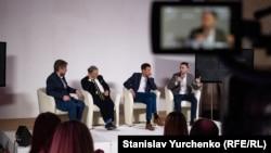 """Taras Topolâ """"Ukraina cemiyeti ve Qırım - kelecekke baqış"""" muzakeresi devamında"""