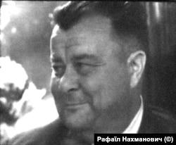 Олександр М'язь, голова колгоспу в селі Тур'я на Чернігівщині. Кадр із зйомок фільму режисера Нахмановича.