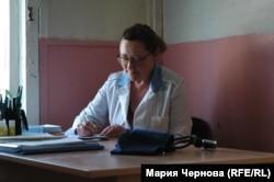 Единственный в Больших Котах фельдшер Елена Рысева