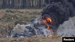 Російський вертоліт Мі-28 після падіння, 2 серпня 2015 року