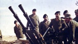 صدام حسین در مرز ایران و عراق، در خلال جنگ
