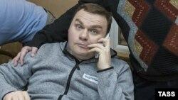 Punonjësi i radios ruse, Aleksandr Plyushchev