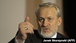 Exiled member of the Chechen separatist government, Akhmed Zakayev, was also criticized by the grand mufti.