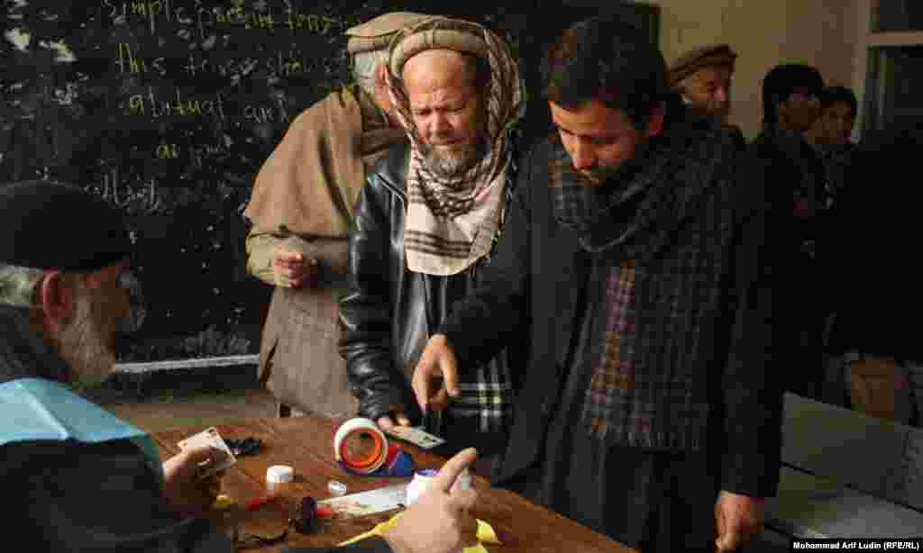 Voters line up in Kabul.