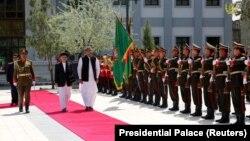 Presidenti afgan, Ashraf Ghani dhe kryeministri pakistanez, Shahid Khaqan Abbasi në Kabul.