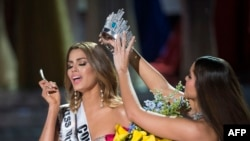 نام ملکه زیبایی کشور کلمبیا به اشتباه به عنوان برنده اعلام شد.