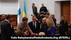 У сесійній залі міської ради Дніпропетровська, 21 грудня 2015 року
