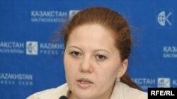 Лейла Рамазанова, Қазақстандағы адам құқықтары жөніндегі бюроның заңгері. Алматы, 23 маусым 2009 ж.