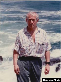 Олег Гордиевский. Фото из личного архива. 1980-е годы
