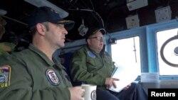 "Командующий учениями адмирал Брэд Уильямсон на борту головного корабля ""Виксбург"""