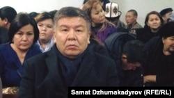 А. Шыкмаматов Биринчи май райондук сотунда. Декабрь, 2017-жыл.