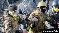 Шерушілер. Киев, 18 ақпан 2014 жыл.