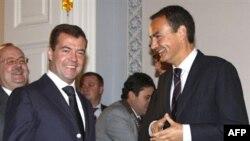 Встреча президента России и премьера Испании в октябре 2008 года в Петербурге
