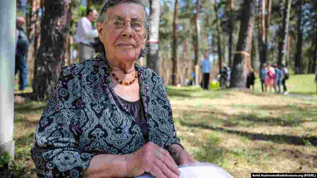 Донька Регіна Євгенівна Яніцька. ЇЇ тато Євген Яніцький був засуджений по справі «польських шпигунів»