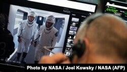 Астронавти НАСА Боб Бенкен і Дуґ Герлі