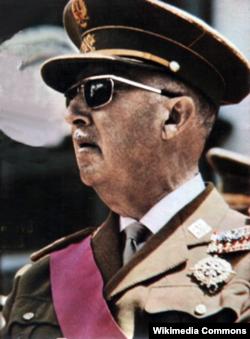 Генерал Франко в последние годы жизни. Патернализм был важной чертой его режима