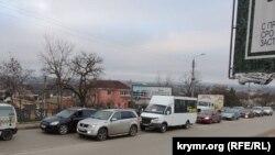 Пробка на дороге в Керчи