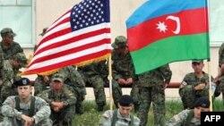 ABŞ və Azərbaycan əsgərləri (Arxiv foto)