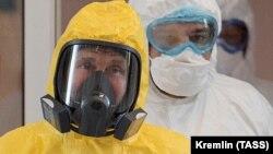 Владимир Путин съобщи, че Русия първа в света е регистрирала ваксина срещу коронавирусната инфекция